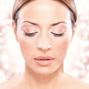 Image of girl that received eyelash and eyebrow tinting at theSanctuary Spa